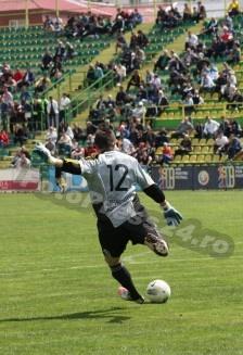 meci-fotbal-Mihai-Neacsu-FOTO-PRESS24-78-224x327