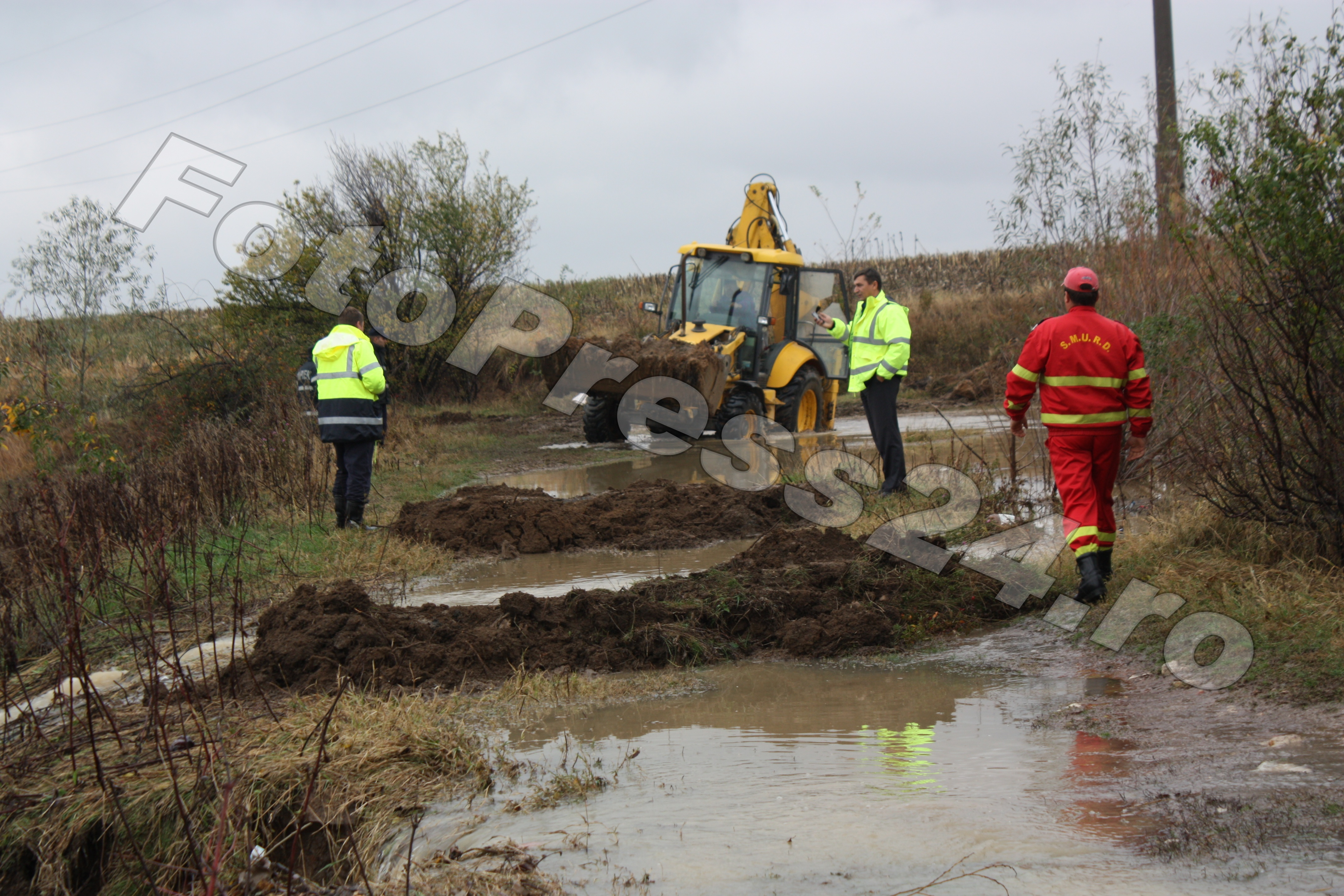 inundatie_pod brosteni_costesti si stirci. (17)