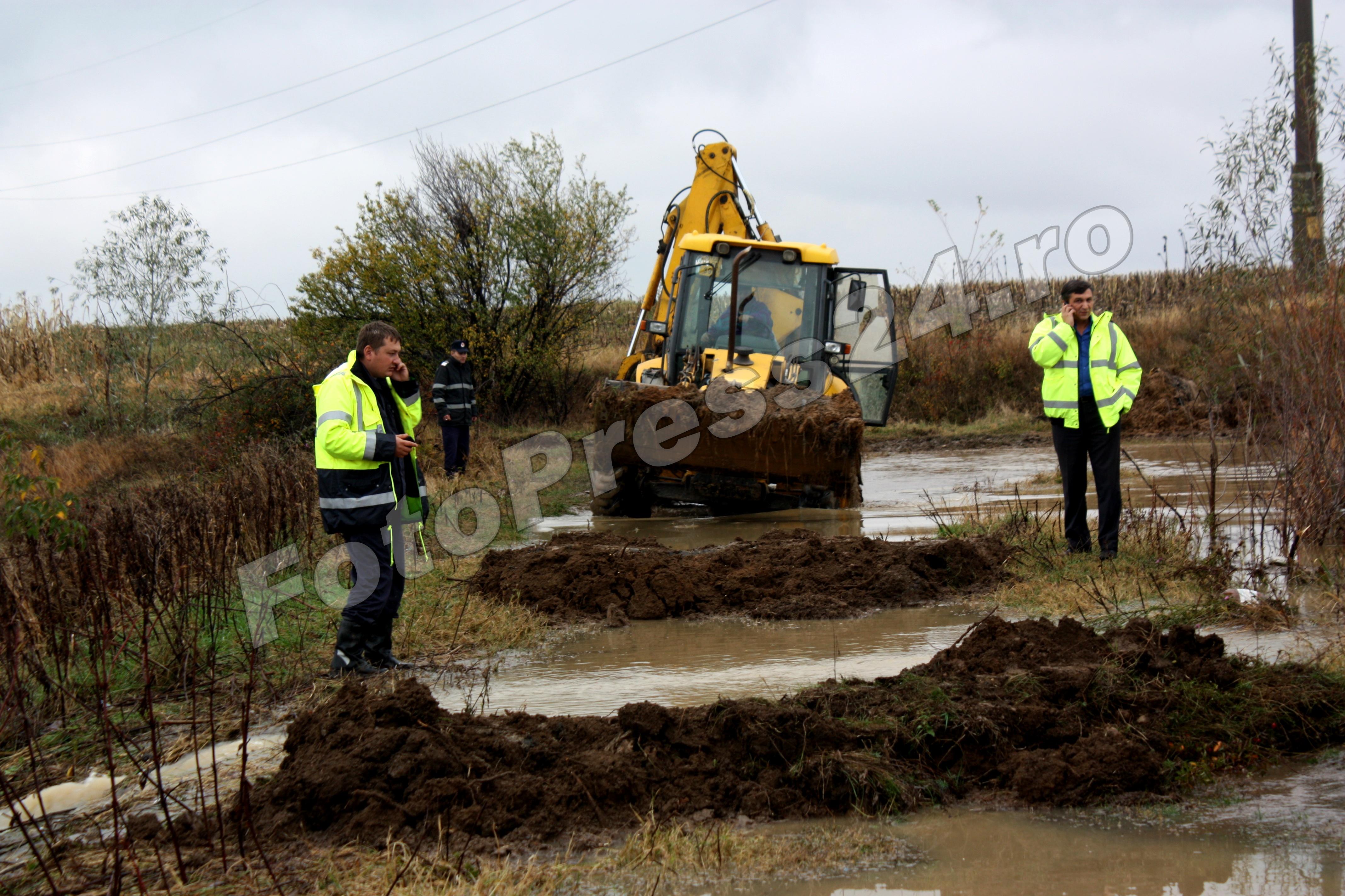 inundatie_pod brosteni_costesti si stirci. (18)