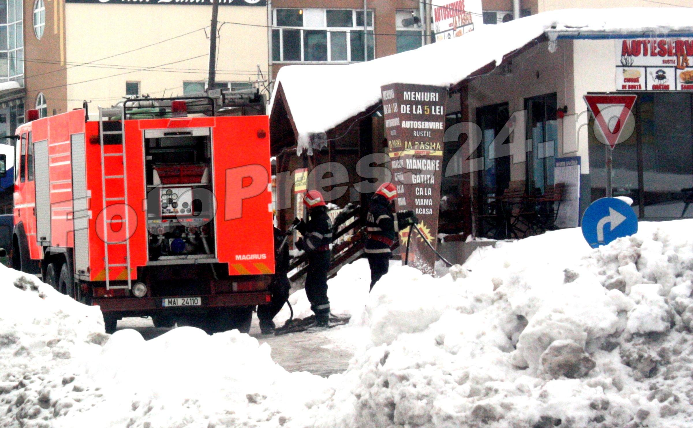 incendiu magazin zona garii-foto -Mihai Neacsu (3)