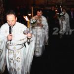 Sfânta Lumină a Învierii ! la Pitesti-foto-Mihai Neacsu (1)