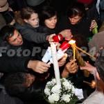 Sfânta Lumină a Învierii ! la Pitesti-foto-Mihai Neacsu (8)