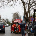 barbat cazut in strada-foto-Mihai Neacsu