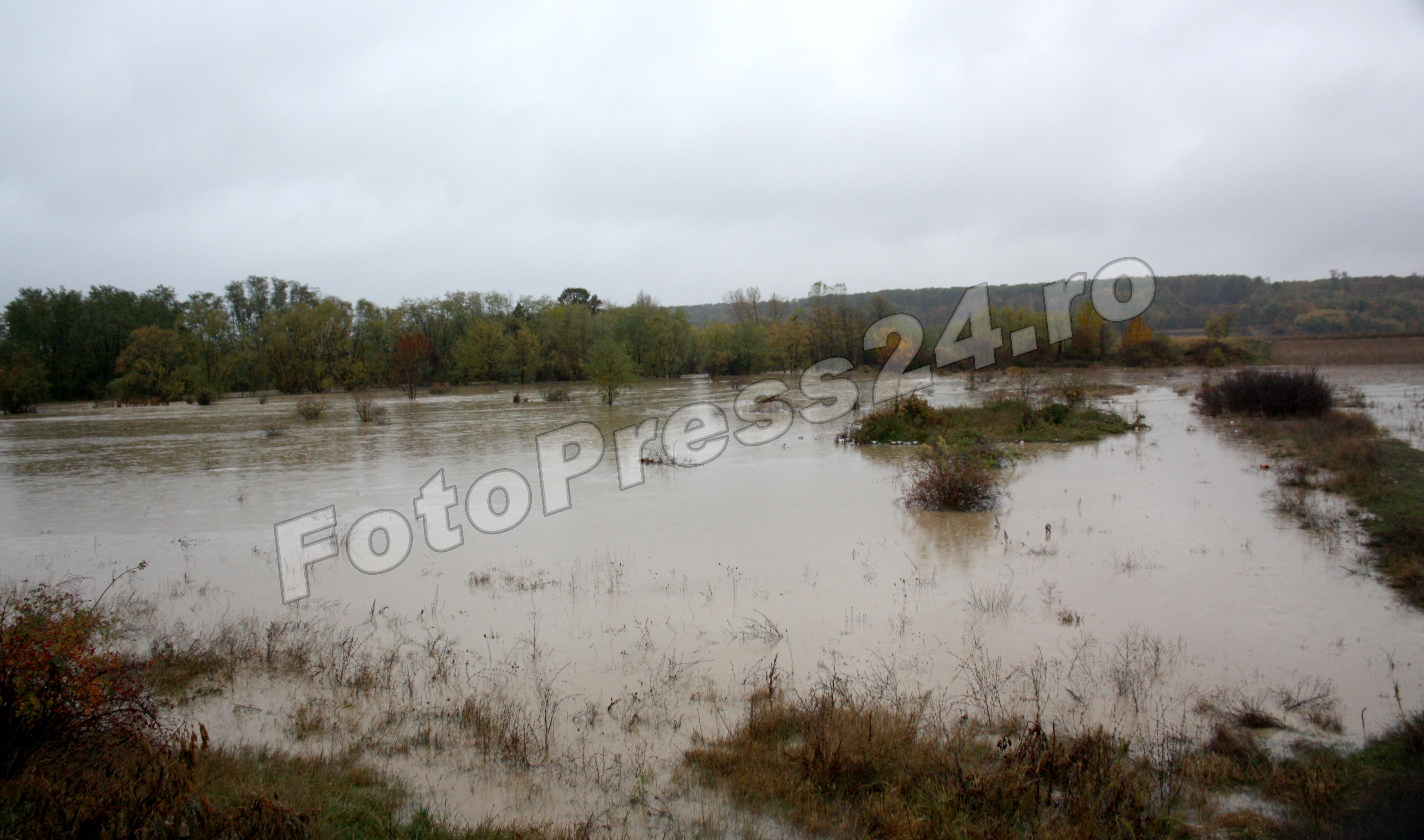 inundatie-foto-Mihai Neacsu