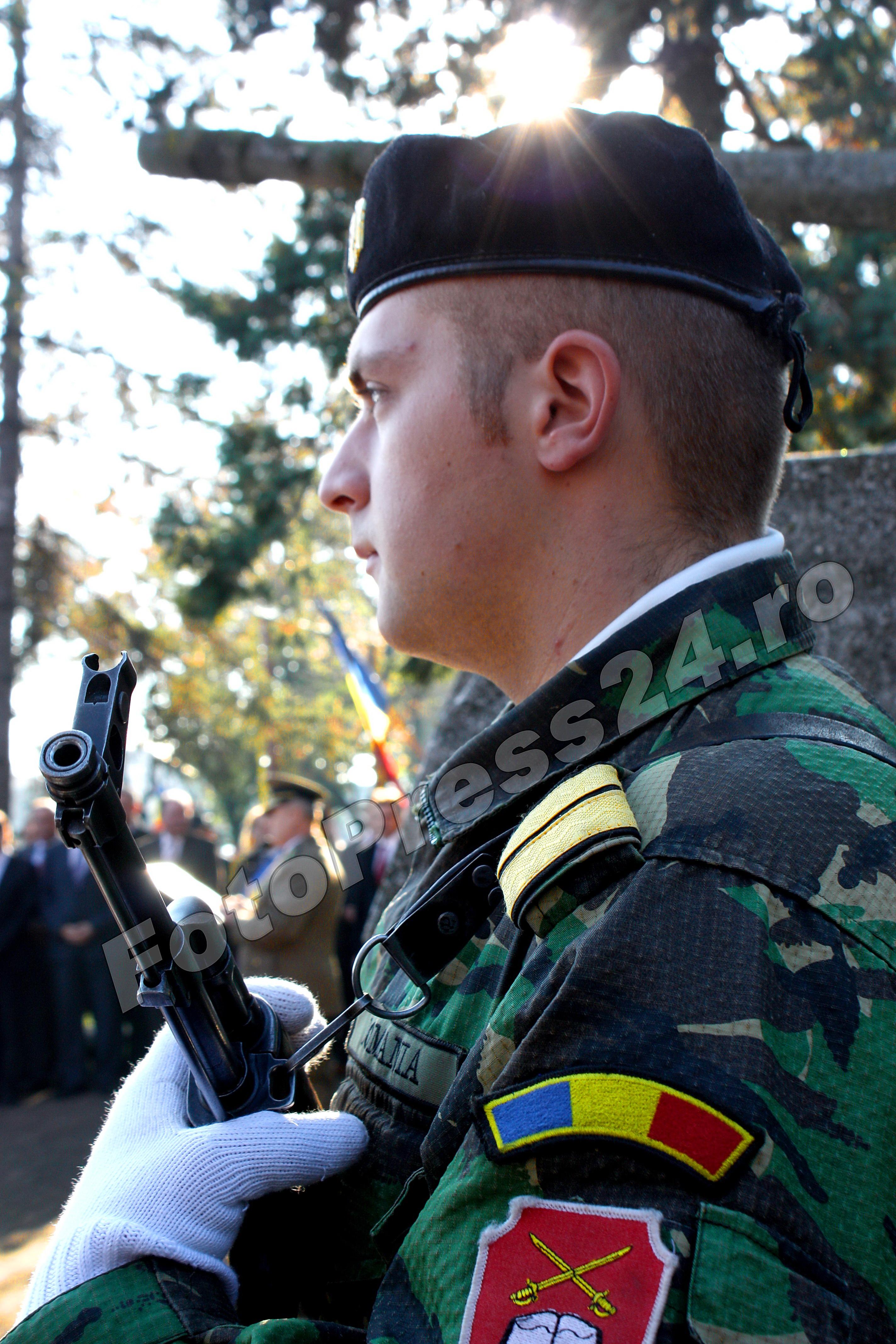 fotopress24.ro-militar roman
