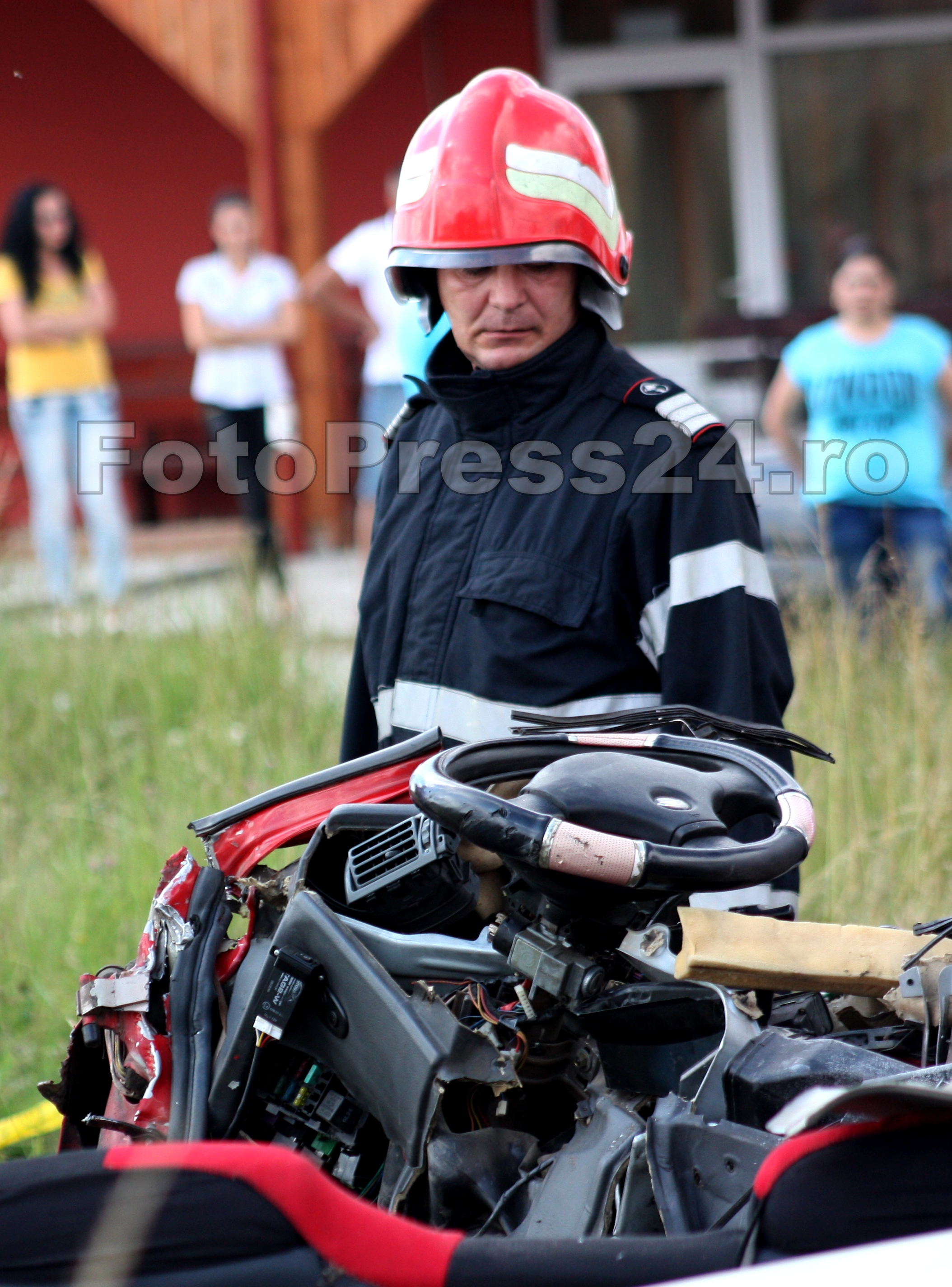 accident Albota 3 morti-FotoPress24.ro-Mihai Neacsu (49)