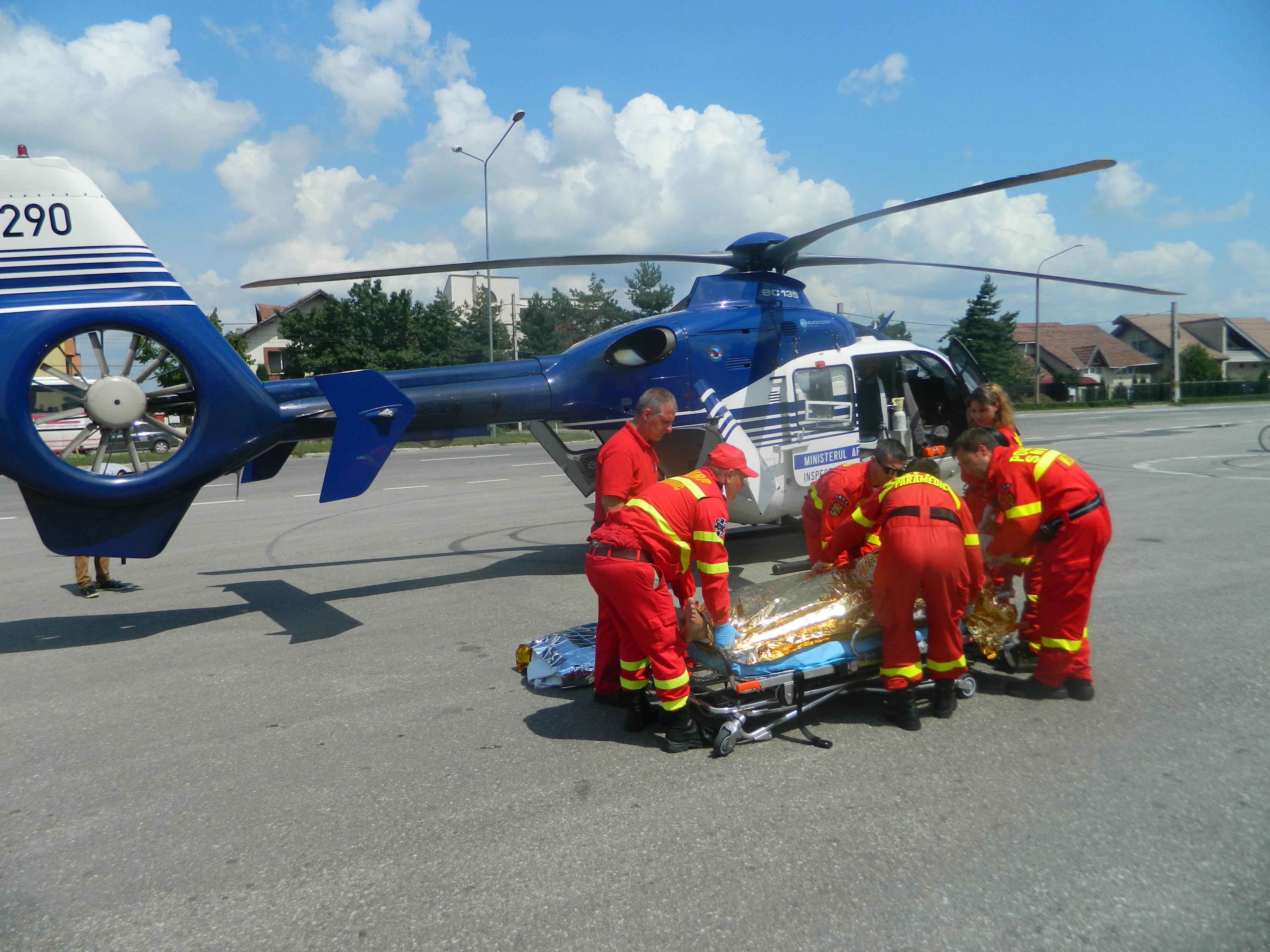 elicopter-smurd-electrocutat