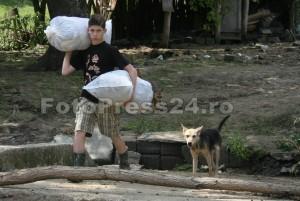 sinistrati inundatie-FotoPress24-Mihai Neacsu  (6)