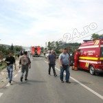 incendiu microbus-FotoPress24.ro-Mihai Neacsu  (1)