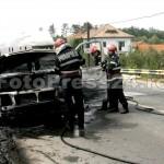 incendiu microbus-FotoPress24.ro-Mihai Neacsu  (3)