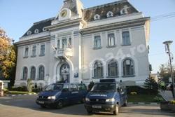 Primaria Pitesti-foto-Mihai-Neacsu-1