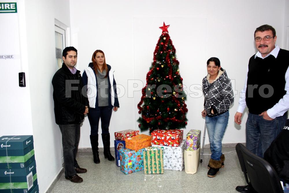 cadouri_familii-nevoiase_fotopress24 (1)