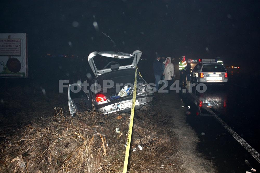 accident vis-a-vis de firma Ford-foto-Mihai Neacsu   (3)