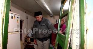 tineri batuti in casa-foto-Mihai Neacsu (3)