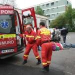 barbat cazut in strada-fotopress24.ro-Mihai Neacsu (7)