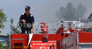 incendiu_Gavana-fabrica_mobila-fotopress24.ro-Mihai Neacsu (7)