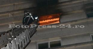 Incendiu Mobilux-fotopress-24ro (1)