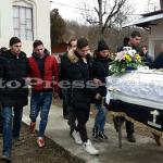 tanar condus pe ultimul drum-budeasa-fotopress24ro (11)