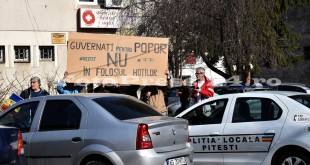 Protestatari la sediul PSD Arges-FotoPress-24r (2)