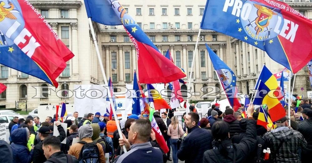 politisti argeseni miting bucuresti-fotopress24ro (10)