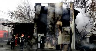 incendiu vulcanizare Pitesti (2)