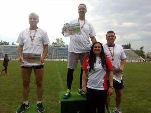 Jandarm argeşean şi fiica acestuia pee podium la atletism