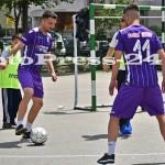 """Micuţii i-au provocat pe fotbalişti la un """"amical"""" în curtea şcolii - fc arges - fotopress-24 (18)"""