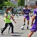"""Micuţii i-au provocat pe fotbalişti la un """"amical"""" în curtea şcolii - fc arges - fotopress-24 (21)"""