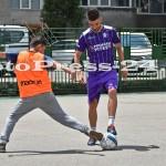 """Micuţii i-au provocat pe fotbalişti la un """"amical"""" în curtea şcolii - fc arges - fotopress-24 (8)"""