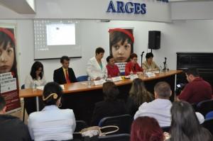 dezbaterea Protecția copiilor ai căror părinți sunt plecați la muncă în străinătate  (1)