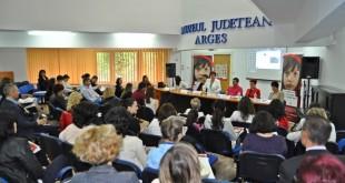 dezbaterea Protecția copiilor ai căror părinți sunt plecați la muncă în străinătate  (3)