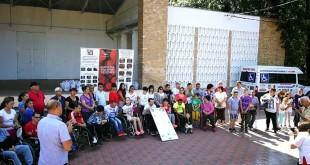Cadouri copii handicap  (3)