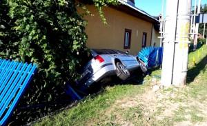 Minor accident (2)