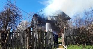 Incendiu la o casă din sat Vernesti, comuna Valea Danului (3)