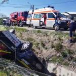 Autoturism răsturnat în șanț în localitatea Valea Mare Pravăț (4)