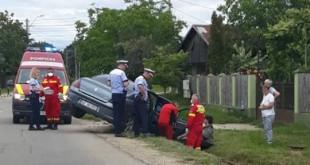 Autoturism intrat într-un cap de pod pe raza localității Bradu (1)