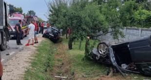Accident cu descarcerare la Costești (3)